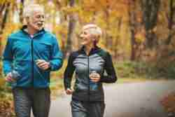 How to keep an active life no matter what? Here are our 5 simple ways to stay healthy and physically active all year round.